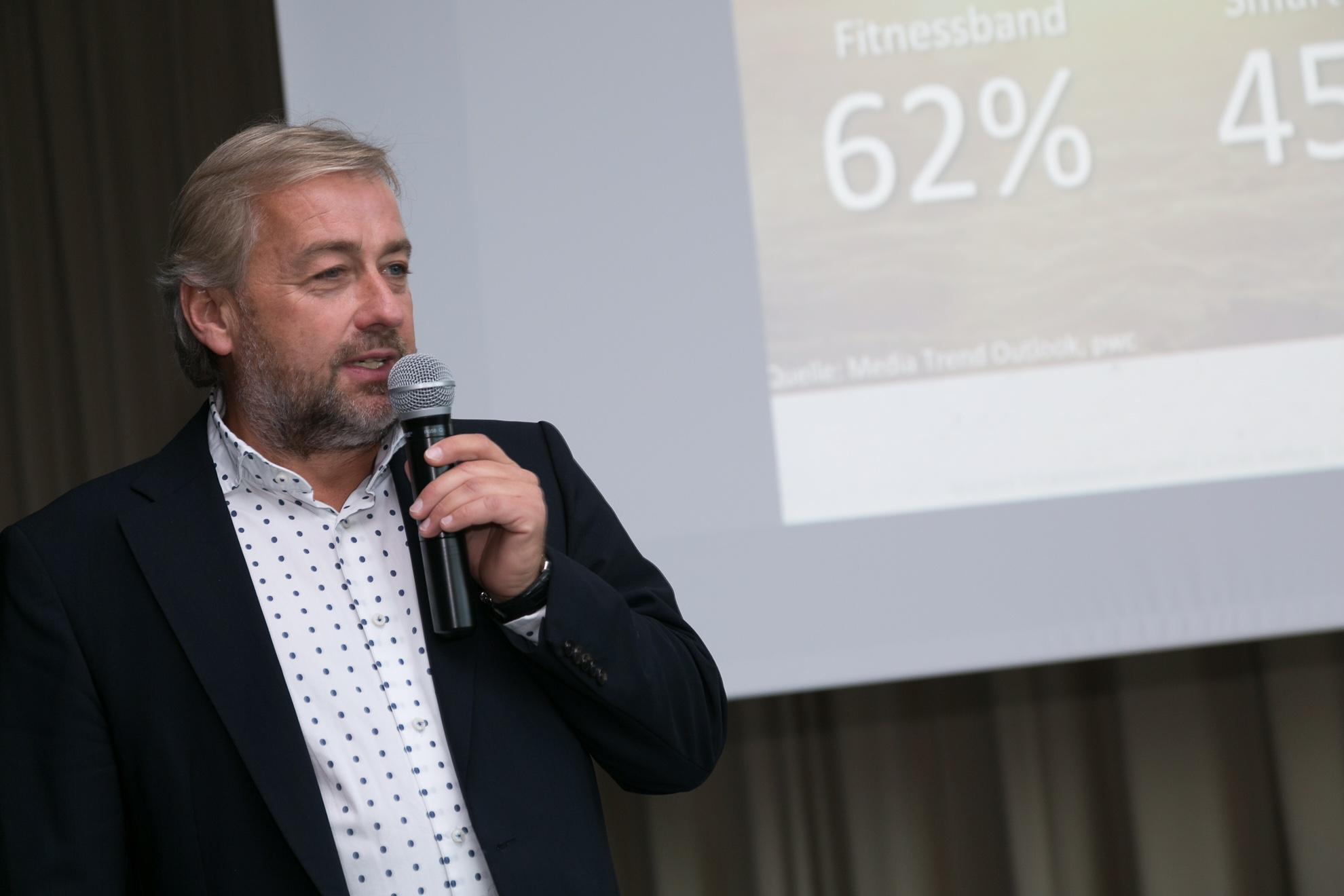 Dr. Peter Winkler brachte bei der Fachveranstaltung der Versicherungsmakler neue Perspektiven für die Branche.  Fotocredit: Robert Frankl