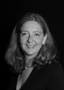 Dr. Eva Kasper